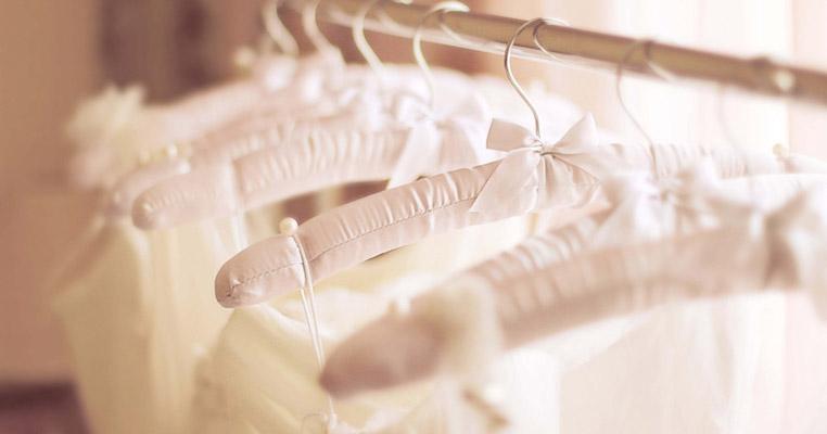 妊娠月別! マタニティ向け「ウェディングドレスの選び方」