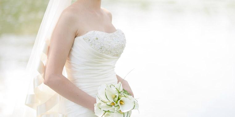大人花嫁にオススメ! 30代からのウェディングドレスの選び方